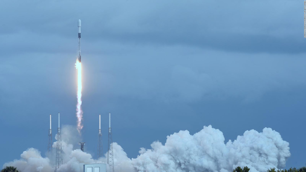 Civic mobilization to travel to space for the first time