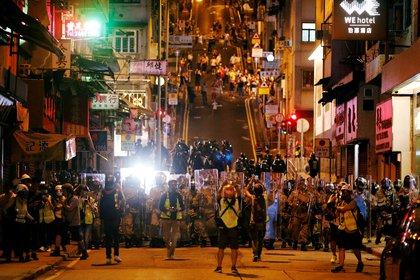 Pro-democracy activists demonstrate in Hong Kong, 28 July 2019. REUTERS / Edgar Sue.  Stock photos