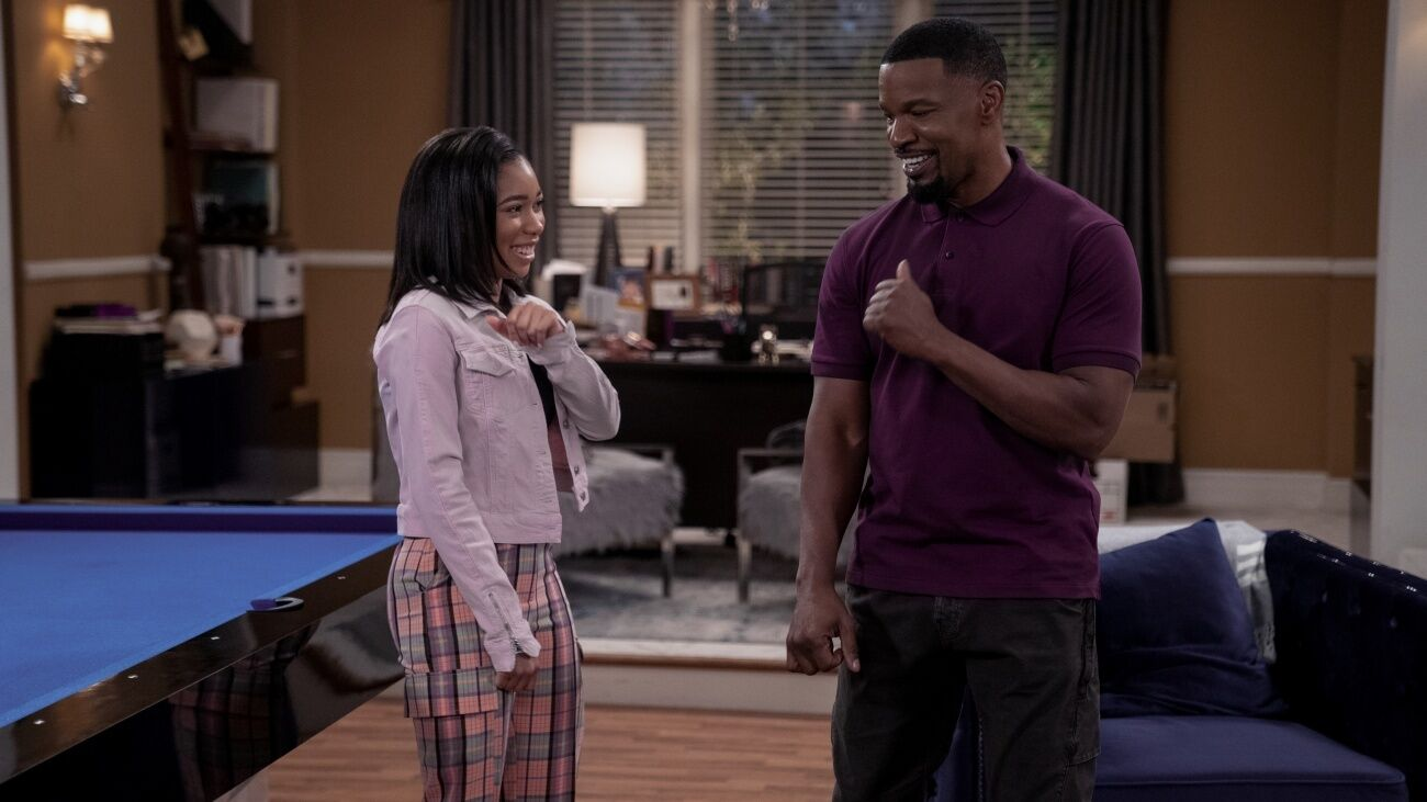 Jamie Foxx lands in a family comedy movie.  Let's see how it suits you.