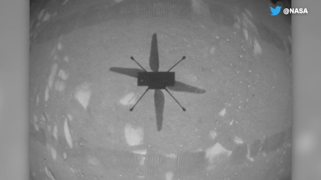 This is how a helicopter of ingenuity flew on Mars