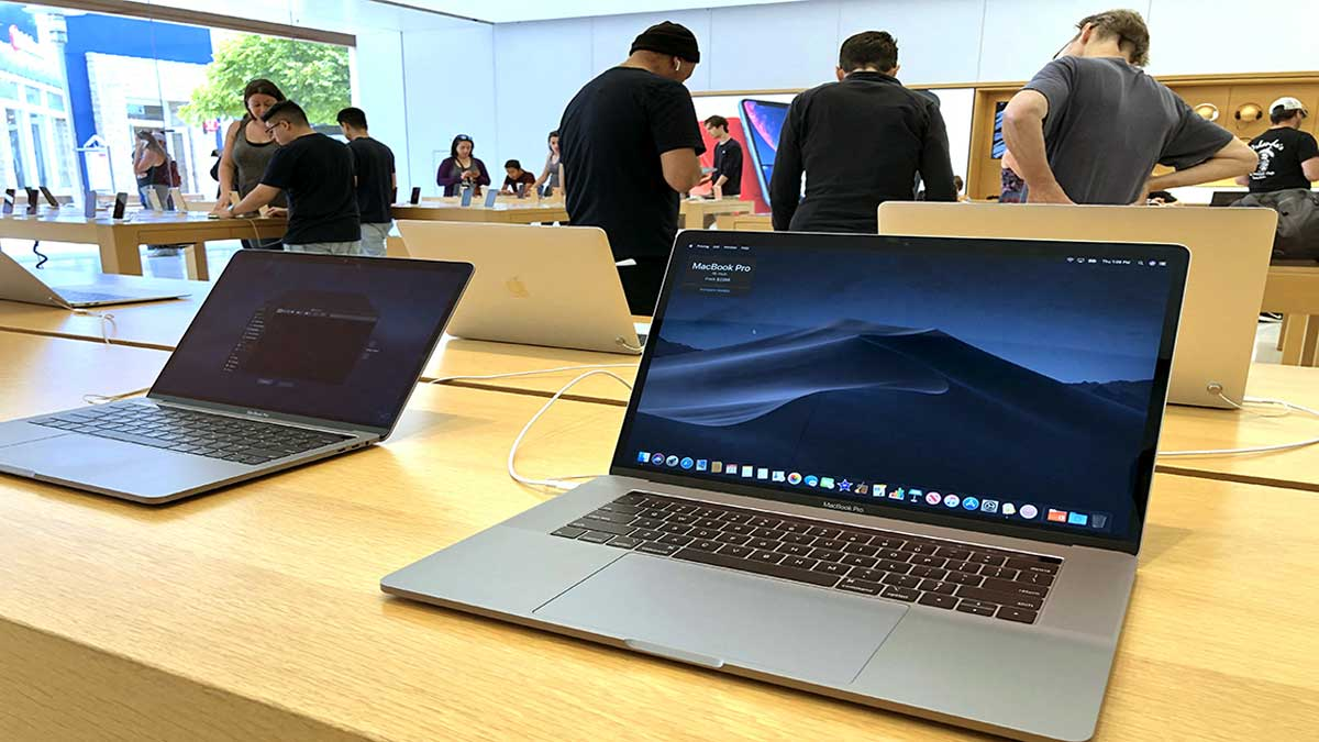 Apple has been sued in the US for selling defective MacBooks with defective screens