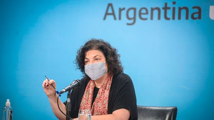 The Minister of Health, Carla Vizotti, chaired all the meetings with the labs over the past days