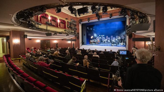 Schauspielhaus hall in Zurich