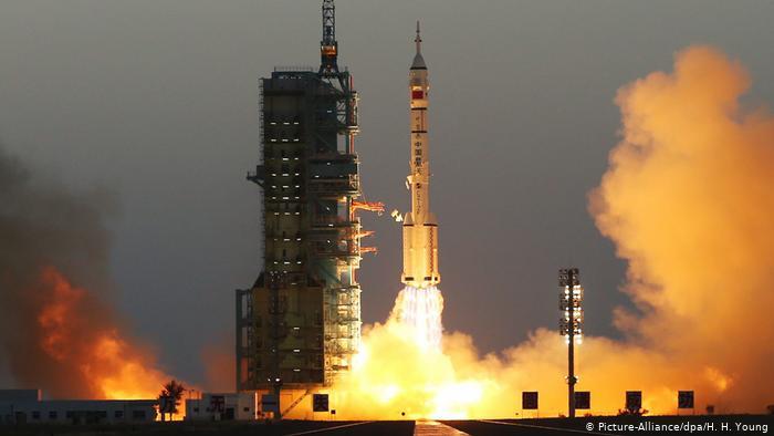 Launch of Shenzhou-11