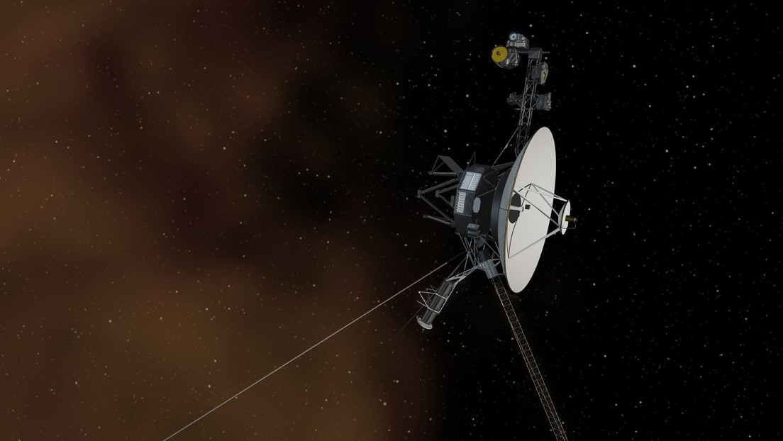 Voyager 1 detects a steady hum of plasma waves in the interstellar medium