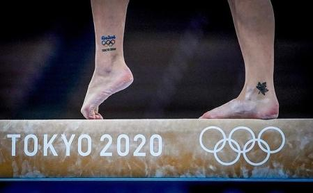 Shalon Olsen's foot during the competition