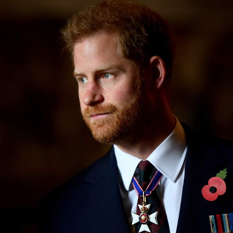 Prince Harry deals the final blow to Elizabeth II: he will publish his autobiography in 2022