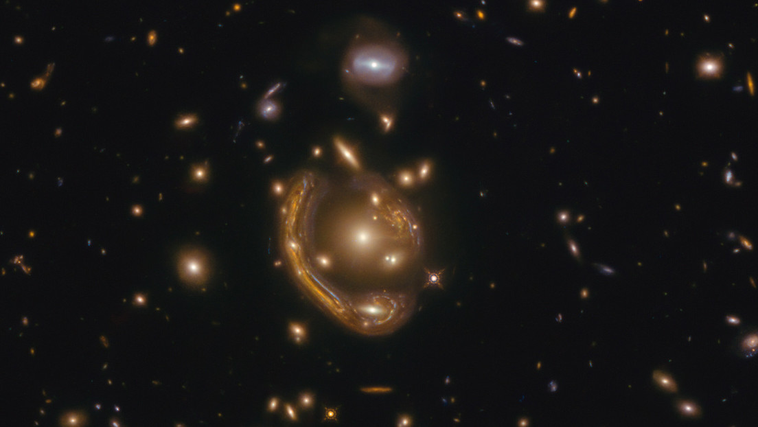 The Hubble Space Telescope captures one of Einstein's largest and most complete rings ever